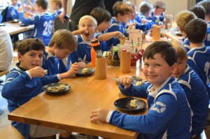 Restaurant group's sponsorship gives youth football team healthy start to season