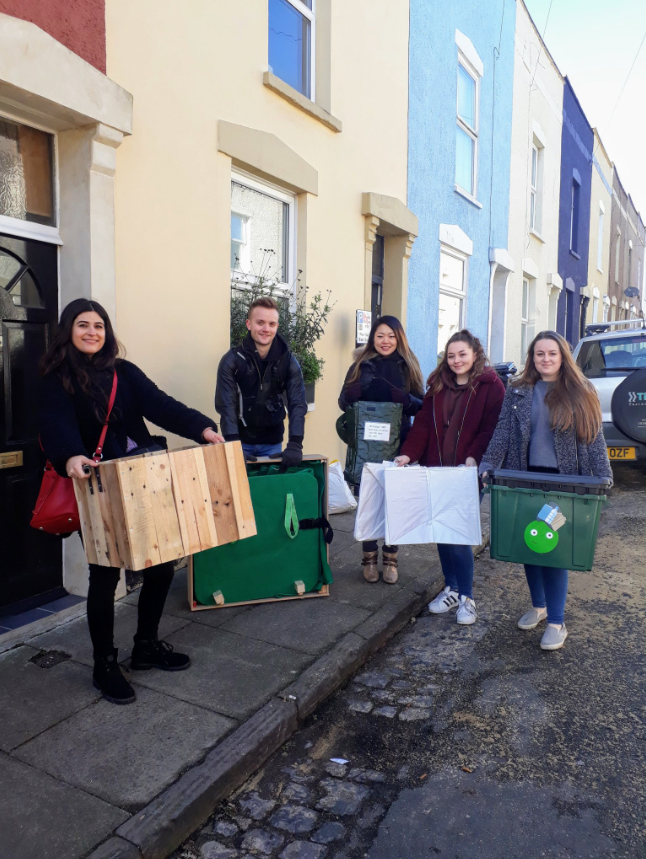 Students' rubbish ideas to help Bristol Waste box clever over waste and recycling