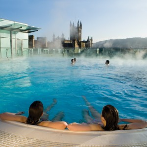 More staying visitors boost Bath's economy – but day-tripper spending remains flat
